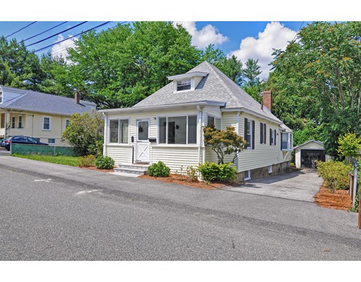 34 Berkeley Road, Dedham, MA